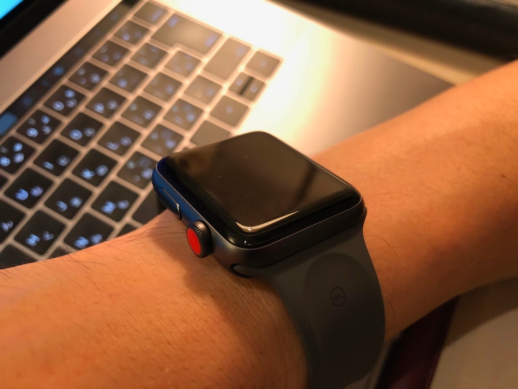 AppleWatch02.jpg