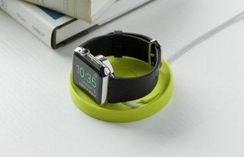 トリニティ、Apple Watch専用シリコン製コースター「Bluelounge Kosta」を新発売。「watchOS 2」の横向きナイトスタンドモードに対応。