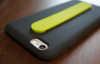 カード収納と背面バンドがついた SimplismのiPhone6 Plusケースを衝動買い | Way2Go