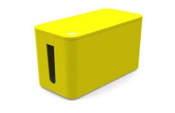 今さらご紹介するまでもない机の下の力持ち。散乱しがちな電源タップを収納しフタをして机の下をスッキリとさせてくれるポップな小箱。これ必須です。 http://t.co/jWb5K9iImF http://t.co/r8uAYb4Gam