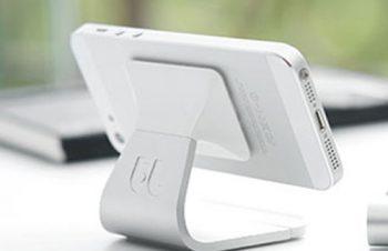 マイクロ吸着で貼ってはがせる不思議なiPhoneスタンド「Milo Aluminum」 – iPhone女史