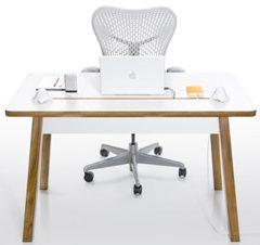 Bluelounge Design社のデザインデスク「StudioDesk」を発売