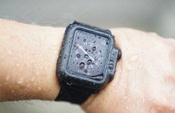 Gショック風なルックスもGOOD! Apple Watchが防水仕様に! 水深100mまでOKな無敵のケース