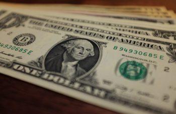 1ドル=100円時代を乗り越えられるか
