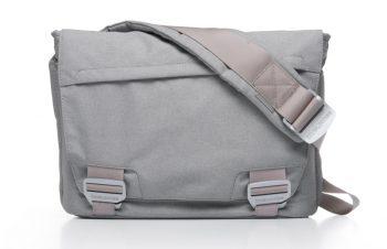 パソコン用バッグが欲しい① Bluelounge メッセンジャーバッグ