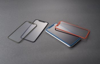 iPhone 11/ XR [FLEX 3D STRONG+] 耐衝撃バンパーフレームガラス