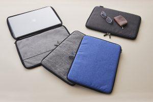 16インチ/15インチMacBook Pro [BookZip] ジッパー式 軽量クッションケース