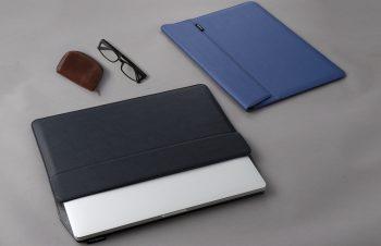 16インチ/15インチMacBook Pro [BookSleeve] 薄型スリーブケース サフィアーノ