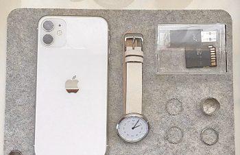 この度 ?????(@nuans_jp )公式アンバサダーに選ばれました❕今後3ヶ月間、製品を提供いただき投稿していきます『NuAns MAGMAT 』iPhoneやアクセサリーの休息場所にとてもぴったりなサイズ感☁️ケーブルを固定できるのとても良い…https://t.co/jTP9CexzhW#NuAns #ニュアンスアンバサダー