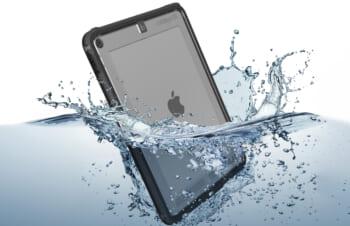 お風呂でもアウトドアでも! iPadにはCatalystの防水ケース