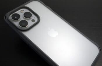 【レビュー】Simplism iPhone 13 Pro [GRAV] 衝撃吸収 ハイブリッドケース